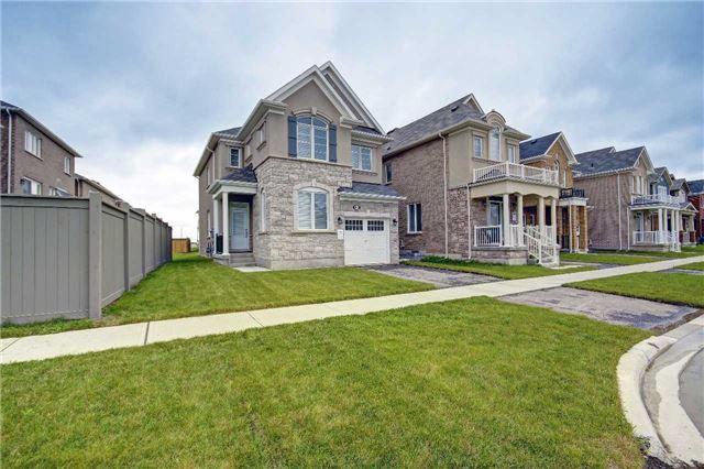 Detached at 415 Etheridge Ave, Milton, Ontario. Image 1