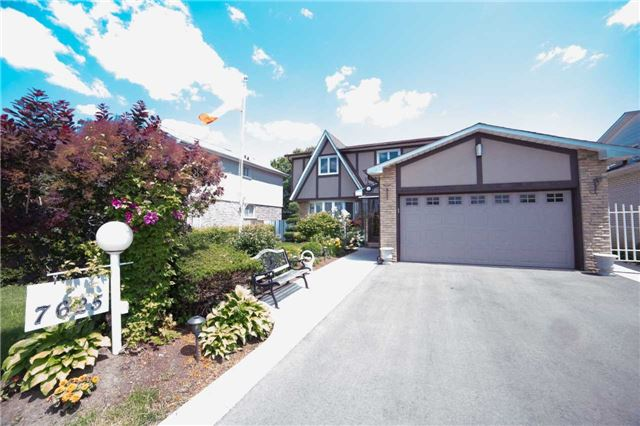 Detached at 7625 Almadale  Crt, Mississauga, Ontario. Image 1