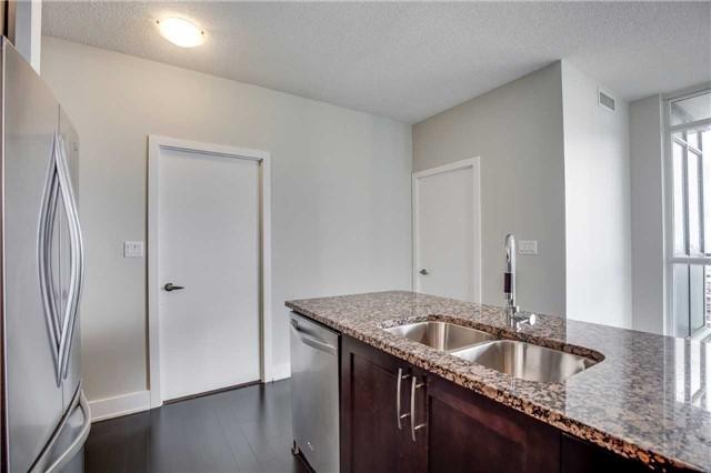 Condo Apartment at 4065 Brickstone Mews, Unit 3602, Mississauga, Ontario. Image 2