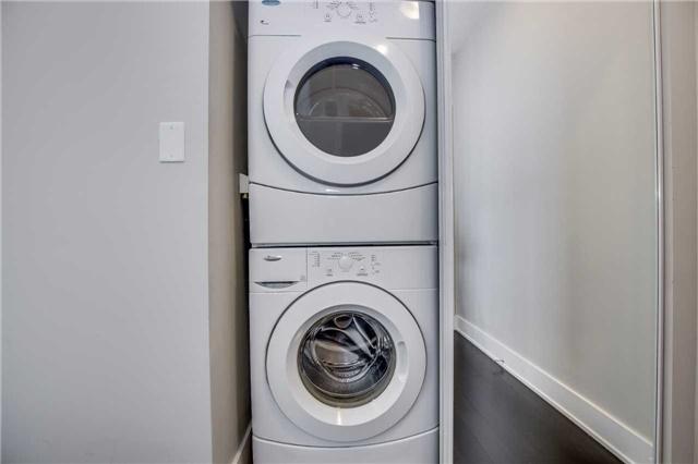 Condo Apartment at 4065 Brickstone Mews, Unit 3602, Mississauga, Ontario. Image 3