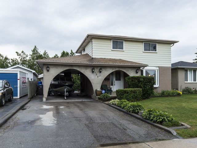 Detached at 133 Rutherford Rd N, Brampton, Ontario. Image 1