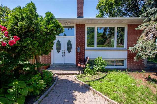 Detached at 1416 Liveoak Dr, Mississauga, Ontario. Image 1