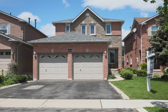 Detached at 3379 Dovetail Mews, Mississauga, Ontario. Image 1
