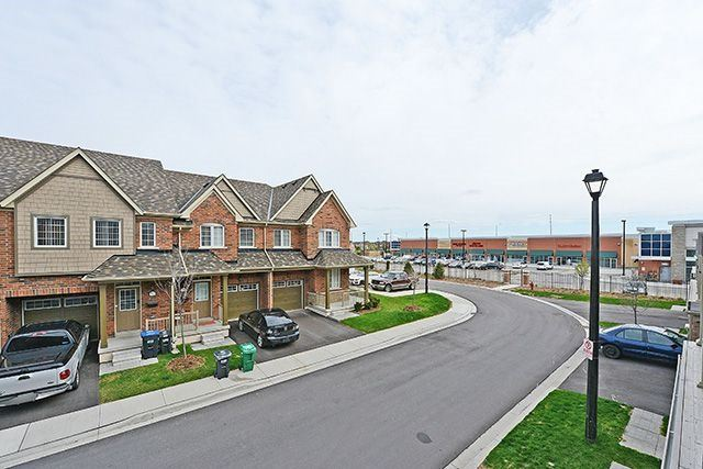 Condo Townhouse at 24 Utopia Way, Brampton, Ontario. Image 13