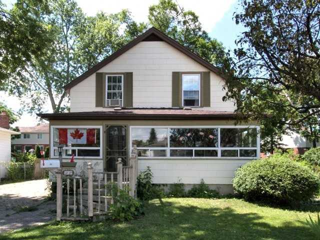 Detached at 89 John St, Halton Hills, Ontario. Image 1