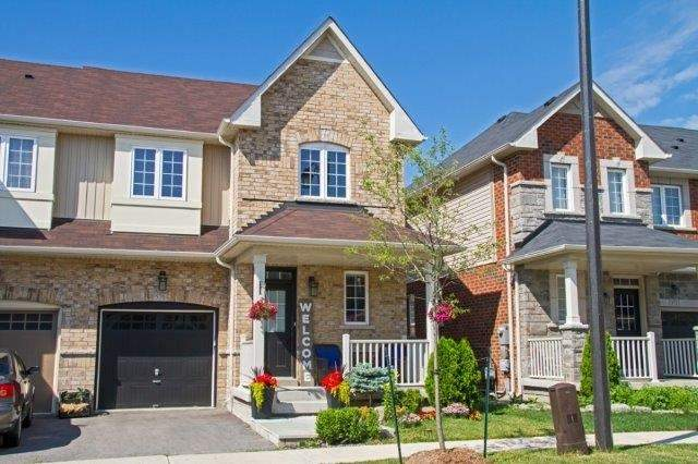Townhouse at 576 Murray Meadows Pl, Milton, Ontario. Image 1