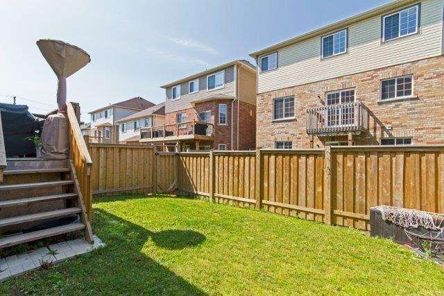 Townhouse at 576 Murray Meadows Pl, Milton, Ontario. Image 11