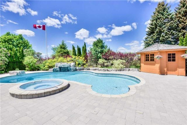 Detached at 15842 Horseshoe Hill Rd, Caledon, Ontario. Image 9