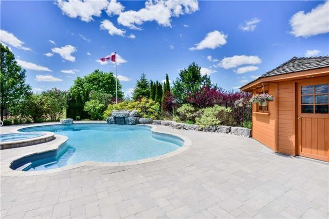 Detached at 15842 Horseshoe Hill Rd, Caledon, Ontario. Image 11