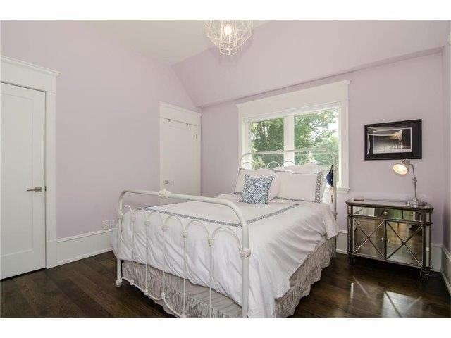 Detached at 462 Bellwood Ave, Oakville, Ontario. Image 7
