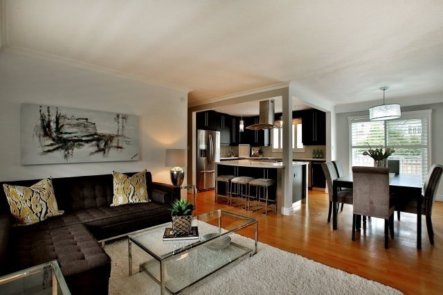 Detached at 1396 Acton Cres, Oakville, Ontario. Image 20