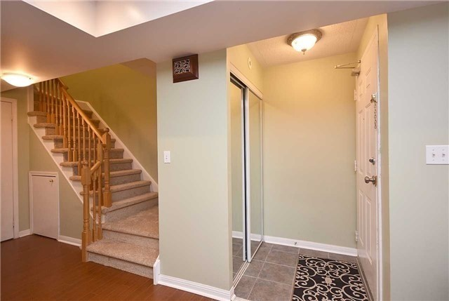Condo Townhouse at 4620 Guildwood Way, Unit 71, Mississauga, Ontario. Image 12