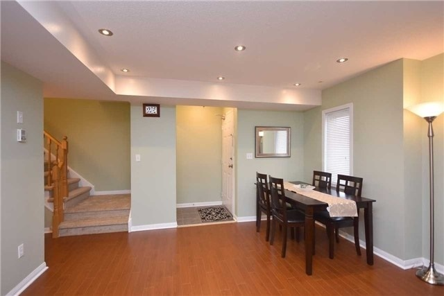 Condo Townhouse at 4620 Guildwood Way, Unit 71, Mississauga, Ontario. Image 19