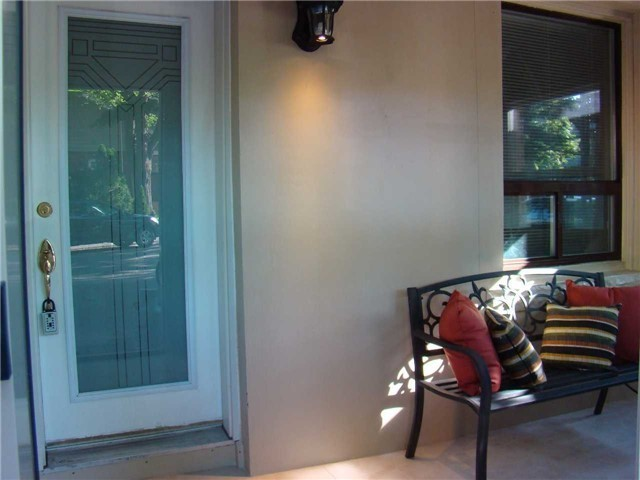 Semi-detached at 53 Hillsview Ave, Toronto, Ontario. Image 12