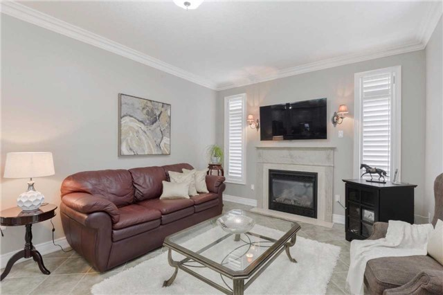 Detached at 2480 North Ridge Tr, Oakville, Ontario. Image 15