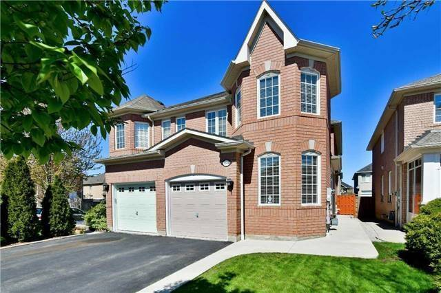 Semi-detached at 1349 Weir Chse, Mississauga, Ontario. Image 1
