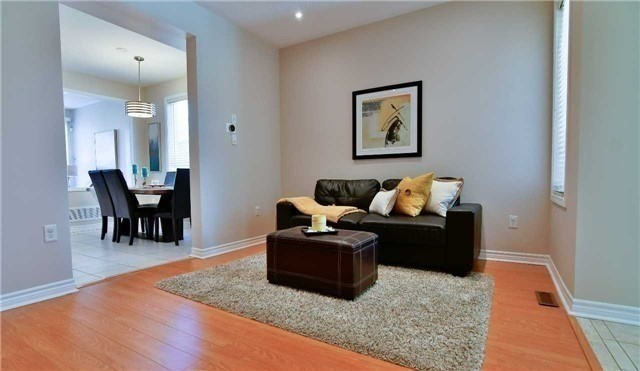 Semi-detached at 1349 Weir Chse, Mississauga, Ontario. Image 14