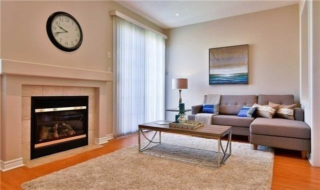 Semi-detached at 1349 Weir Chse, Mississauga, Ontario. Image 15