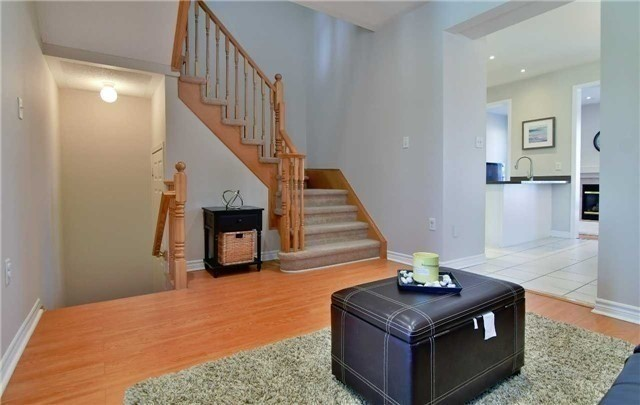 Semi-detached at 1349 Weir Chse, Mississauga, Ontario. Image 17