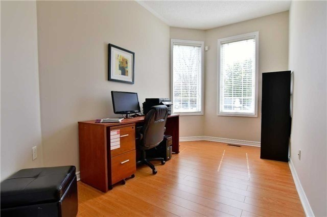 Semi-detached at 1349 Weir Chse, Mississauga, Ontario. Image 3