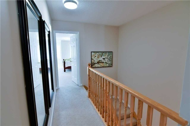 Semi-detached at 1349 Weir Chse, Mississauga, Ontario. Image 4