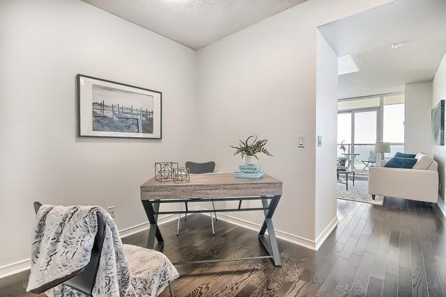Condo Apartment at 2240 Lake Shore Blvd W, Unit 3106, Toronto, Ontario. Image 14