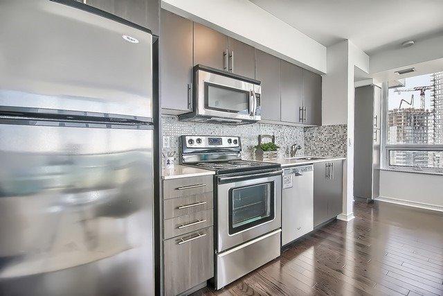 Condo Apartment at 2240 Lake Shore Blvd W, Unit 3106, Toronto, Ontario. Image 20