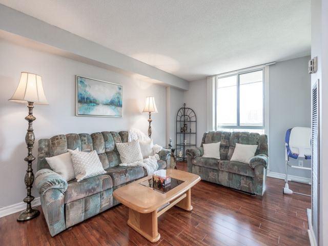 Condo Apartment at 1320 Mississauga Valley Blvd, Unit 814, Mississauga, Ontario. Image 15