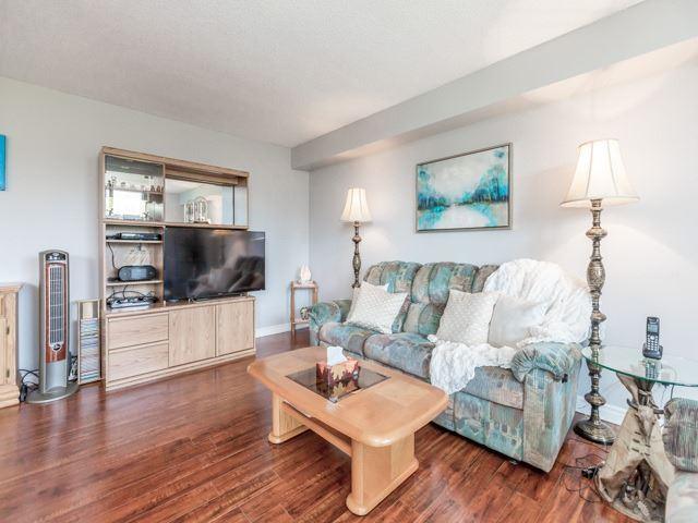 Condo Apartment at 1320 Mississauga Valley Blvd, Unit 814, Mississauga, Ontario. Image 16