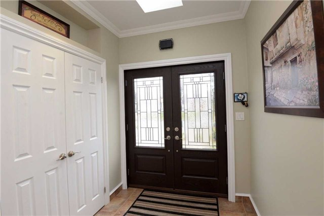 Detached at 2220 Urwin Cres, Oakville, Ontario. Image 15