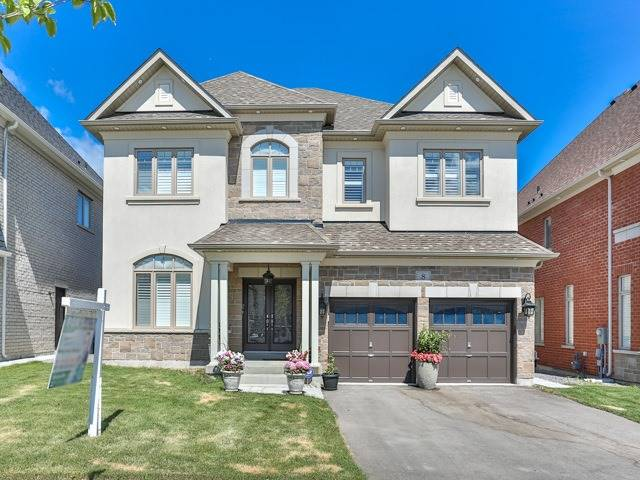 Detached at 8 Burlwood Rd, Brampton, Ontario. Image 1