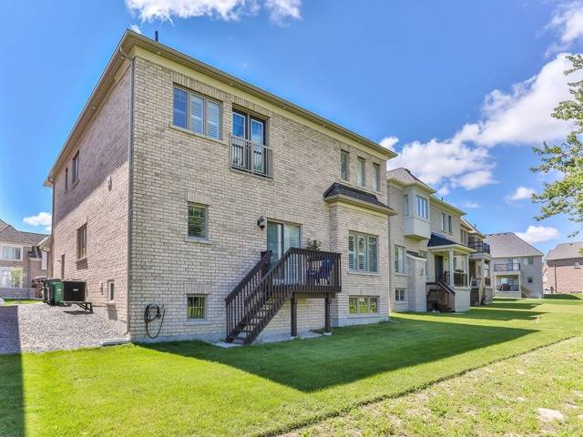Detached at 8 Burlwood Rd, Brampton, Ontario. Image 13