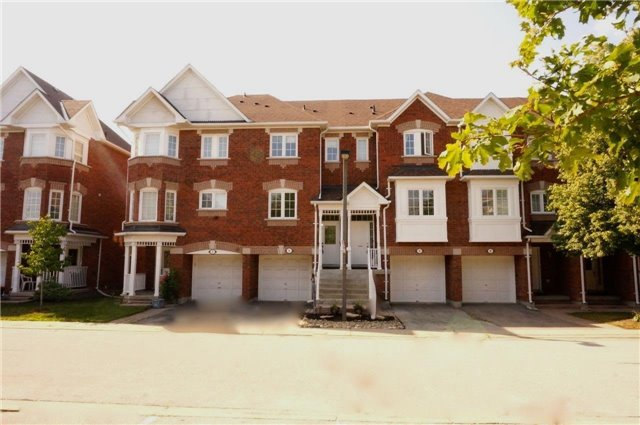 Condo Townhouse at 6060 Snowy Owl Cres, Unit 6, Mississauga, Ontario. Image 1