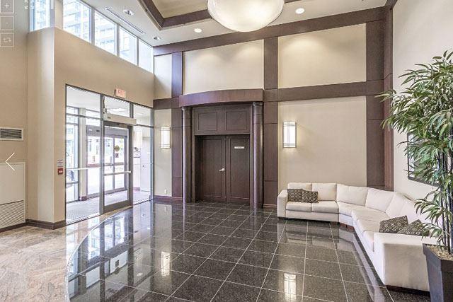 Condo Apartment at 335 Rathburn Rd W, Unit 1811, Mississauga, Ontario. Image 8