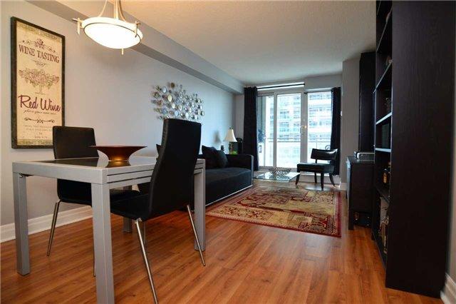 Condo Apartment at 2121 Lakeshore Blvd W, Unit 816, Toronto, Ontario. Image 8