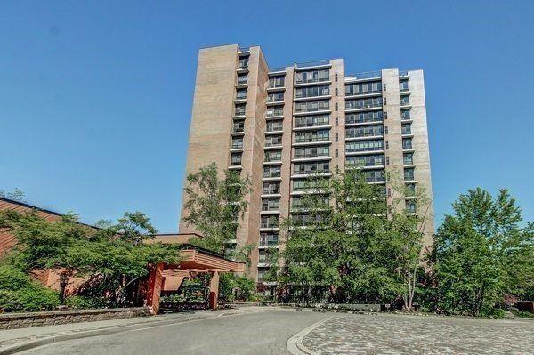 Condo Apartment at 1400 Dixie Rd, Unit 512, Mississauga, Ontario. Image 1