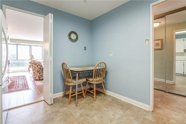 Condo Apartment at 1400 Dixie Rd, Unit 512, Mississauga, Ontario. Image 16