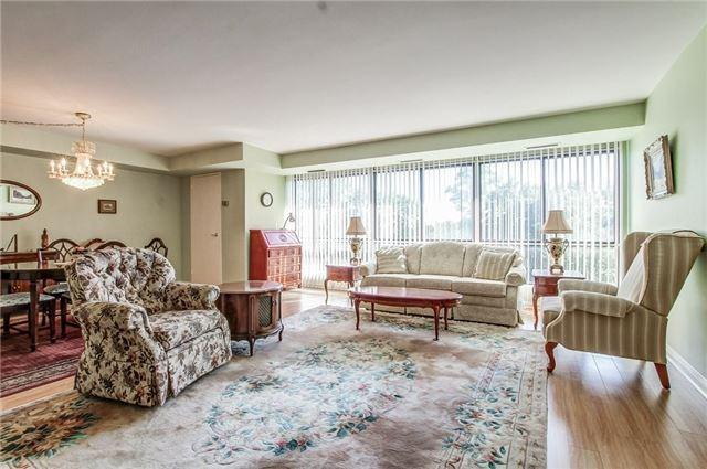 Condo Apartment at 1400 Dixie Rd, Unit 512, Mississauga, Ontario. Image 2