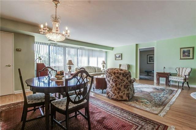 Condo Apartment at 1400 Dixie Rd, Unit 512, Mississauga, Ontario. Image 3