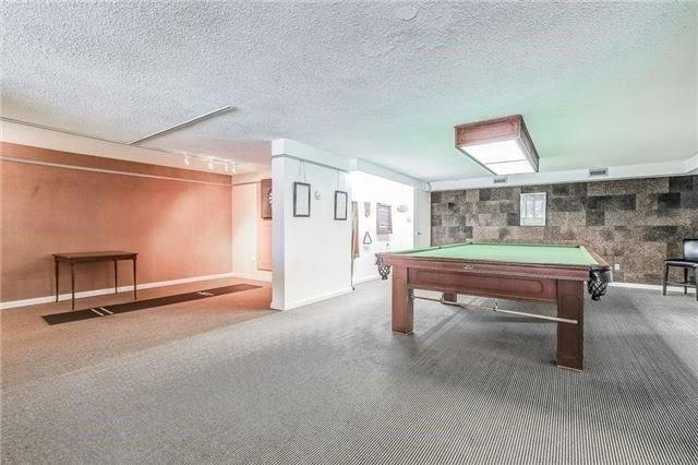 Condo Apartment at 1400 Dixie Rd, Unit 512, Mississauga, Ontario. Image 9