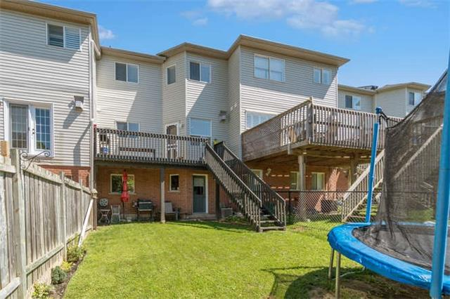 Townhouse at 12 Grey Owl Run, Halton Hills, Ontario. Image 13
