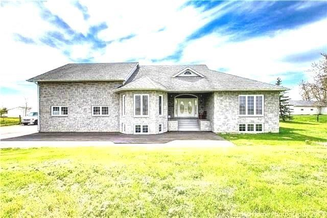 Detached at 2279 Old School Rd, Caledon, Ontario. Image 1