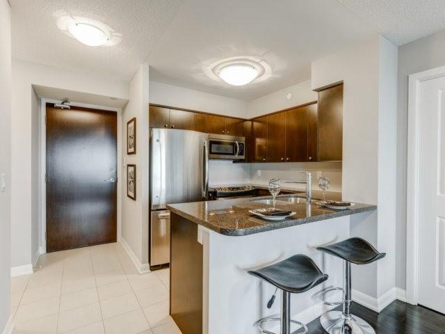 Condo Apartment at 215 Sherway Gardens Rd, Unit 2403, Toronto, Ontario. Image 18