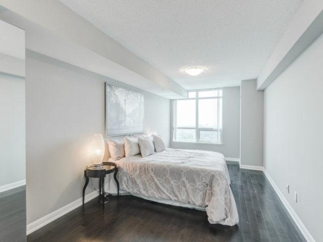 Condo Apartment at 215 Sherway Gardens Rd, Unit 2403, Toronto, Ontario. Image 19