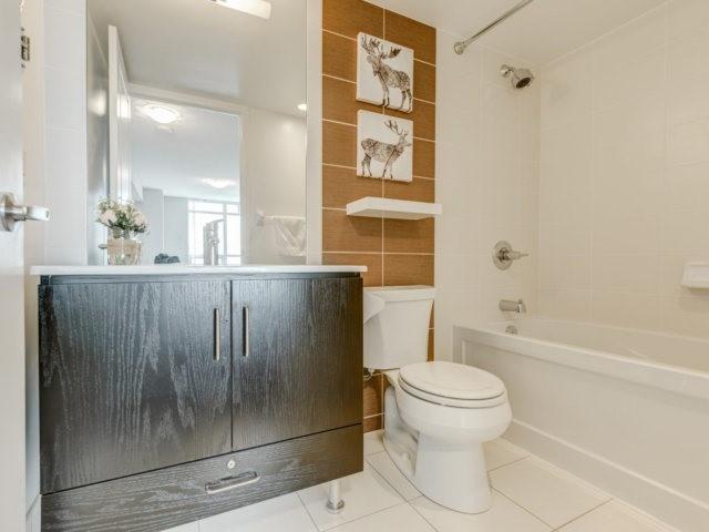 Condo Apartment at 215 Sherway Gardens Rd, Unit 2403, Toronto, Ontario. Image 2