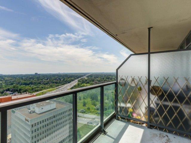 Condo Apartment at 215 Sherway Gardens Rd, Unit 2403, Toronto, Ontario. Image 6