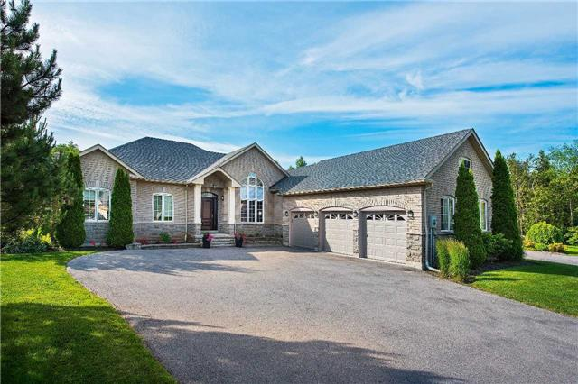 Detached at 9 Castlewood Crt, Caledon, Ontario. Image 1