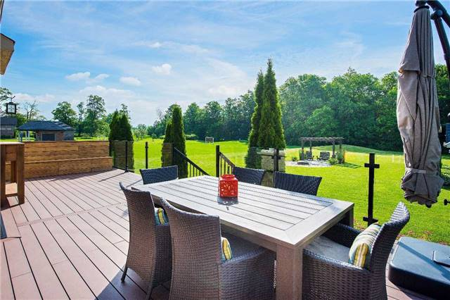 Detached at 9 Castlewood Crt, Caledon, Ontario. Image 8