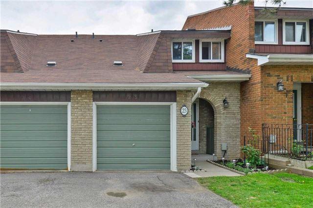 Condo Townhouse at 3350 Hornbeam Cres, Unit 23, Mississauga, Ontario. Image 1