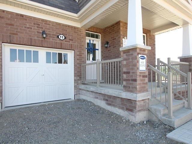 Detached at 11 Redfern St, Brampton, Ontario. Image 12